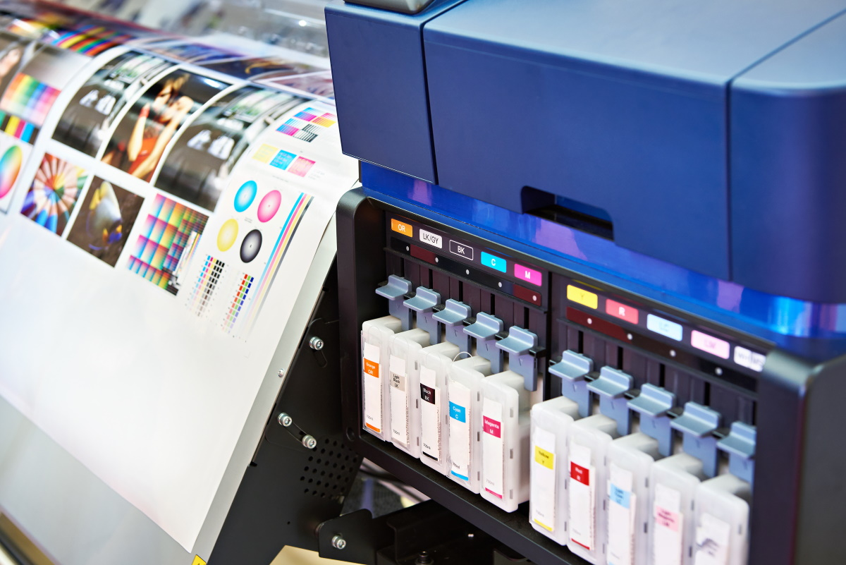 Ink in cartridges and plotter